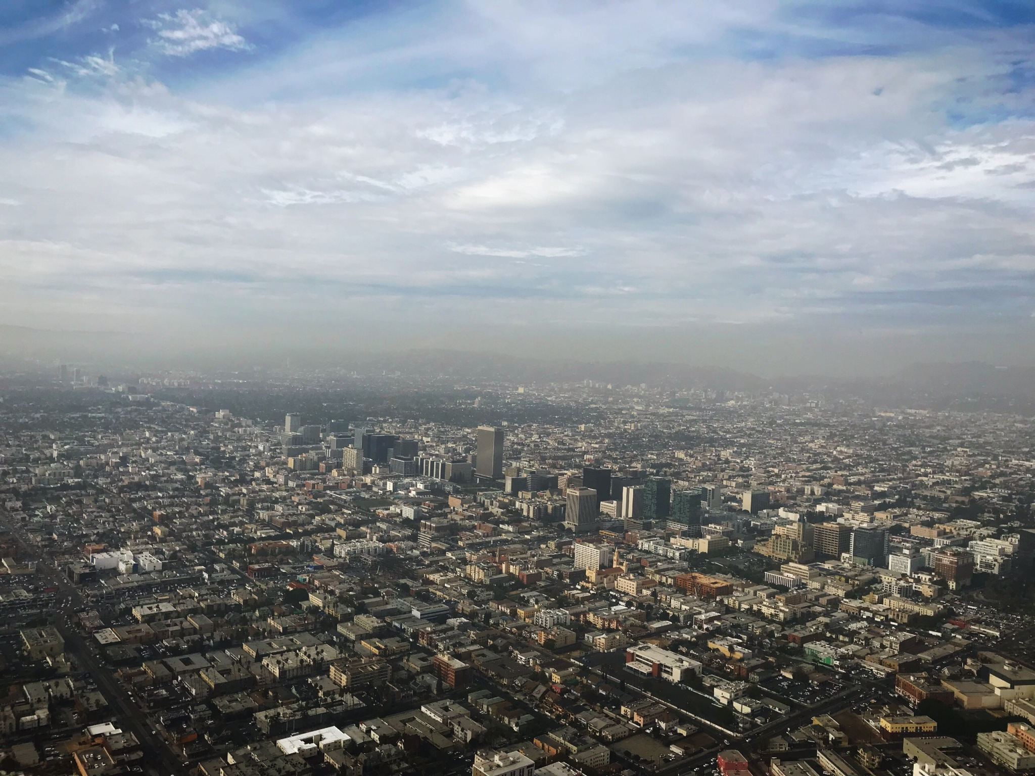 Wilshire Blvd view from helicopter